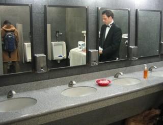 Bathroom Attendant blog poll results: what is the worst job ever? - ooooooo la la!